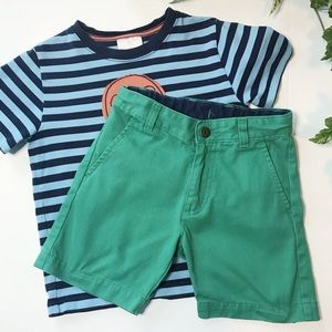 Boys Hanna Andersson kelly green cotton shorts, 5T